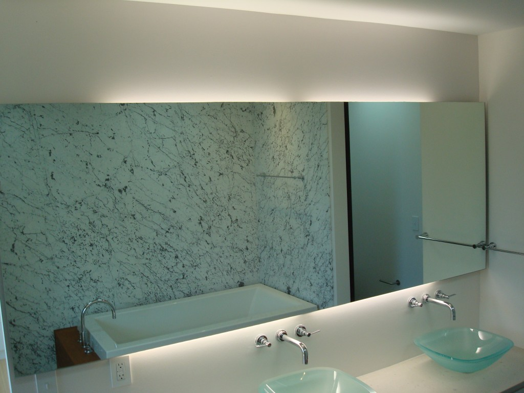 Shweiki Glass Inspiration Public Bathroom Mirror White Floating Shelf Bq